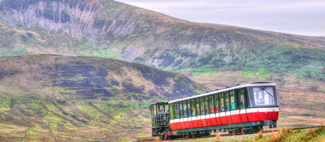 mountain train 2 1500